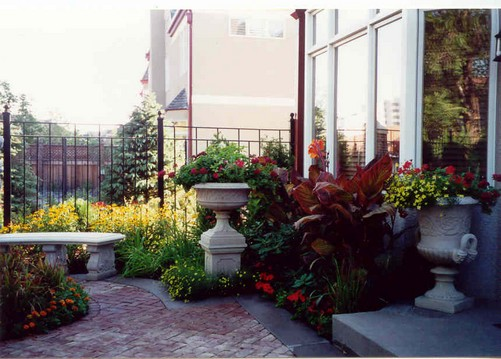 Minnesota landscape design company niwa design studio for Italian courtyard garden design ideas