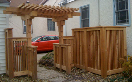 Automated Gates: custom gates, iron fencing, custom fences, entry